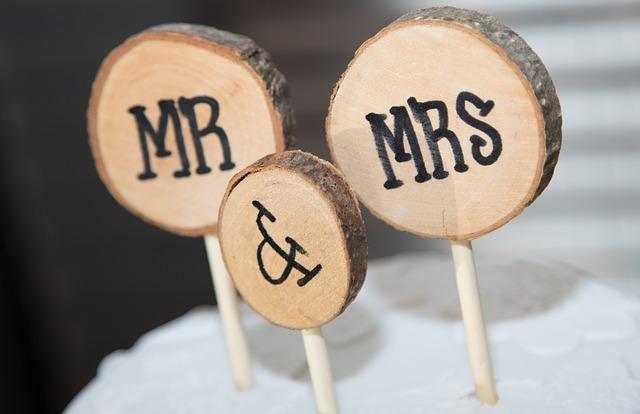 wedding-reception-2701035_640